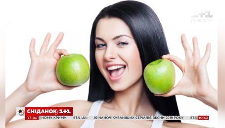 Топ-5 продуктів, які допоможуть зберегти жіночу красу