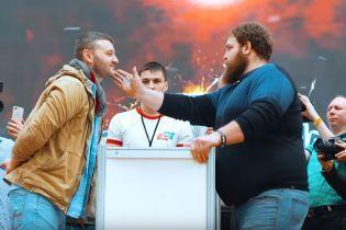 В России определили чемпиона по даче пощечин