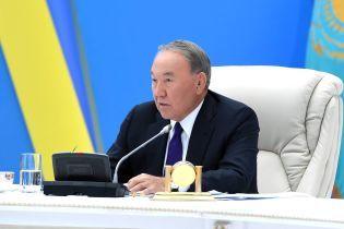 Отставка Назарбаева: какой сценарий он разыгрывает и существует ли угроза революции в Казахстане