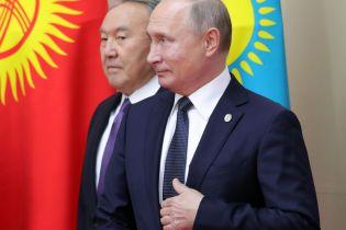 У Кремлі запевнили, що Назарбаєв не радився з Путіним щодо кандидатури свого наступника