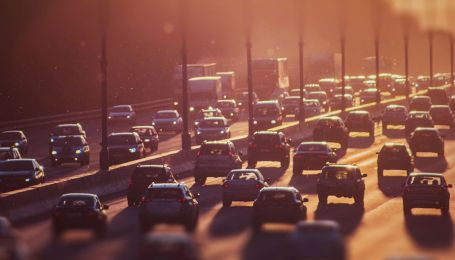 Ряд улиц Киева захватили пробки. Куда не стоит ехать