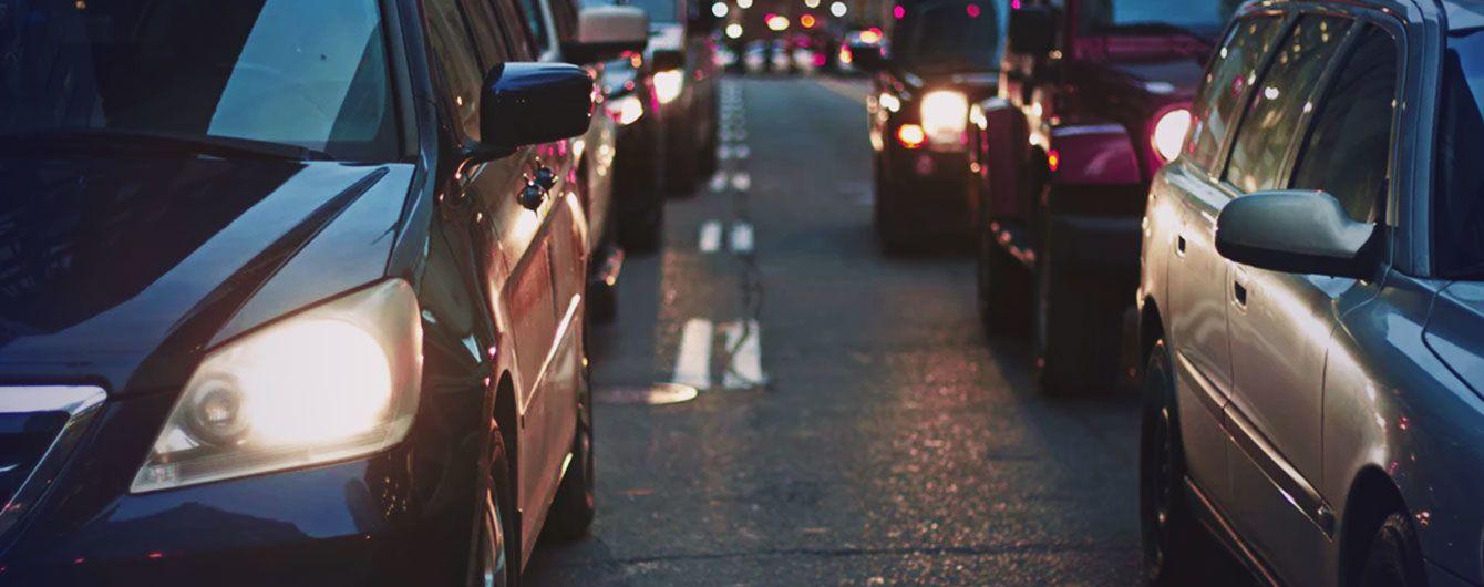 Важные улицы Киева сковали серьезные пробки. Куда не стоит ехать 2 августа
