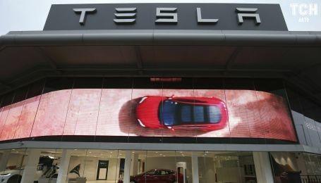 На заводе Tesla утроилось количество производственных травм за год