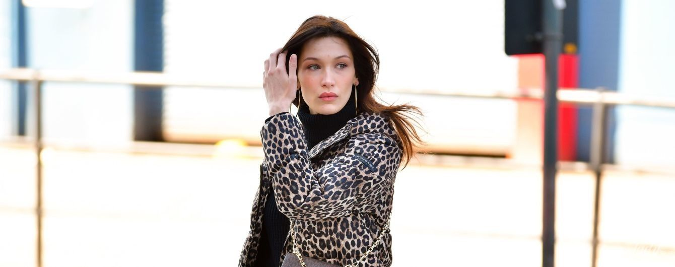 Любить леопард: Беллу Хадід в повсякденному образі заскочили папараці на вулицях Нью-Йорка