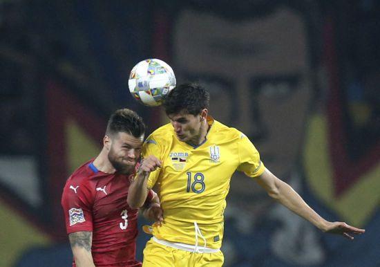 Форвард збірної України розповів, як зупинити Роналду
