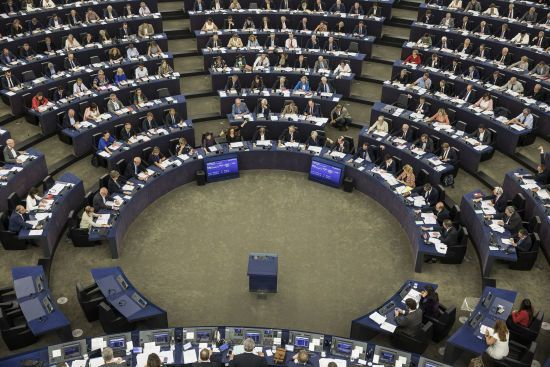У Брюсселі звинуватили РФ у спробах вплинути на вибори до Європарламенту