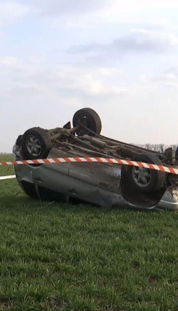 На Николаевщине сельского голову нашли с пулей в груди в перевернутой машине