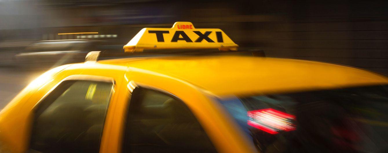 В Сумской области таксисты поймали нападающих, которые едва не зарезали их коллегу