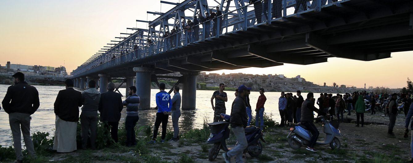 Авария парома в Ираке: погибли уже 85 человек