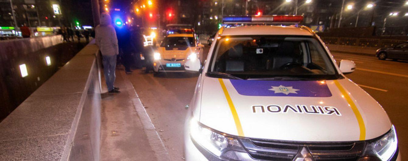 """Аварія на переході в Києві. Очевидець розповів, як автобус зніс людей на """"зебрі"""""""