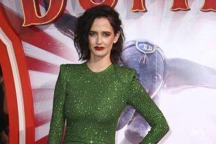 В роскошном платье и лаковых лубутенах: Ева Грин на премьере фильма в Лондоне