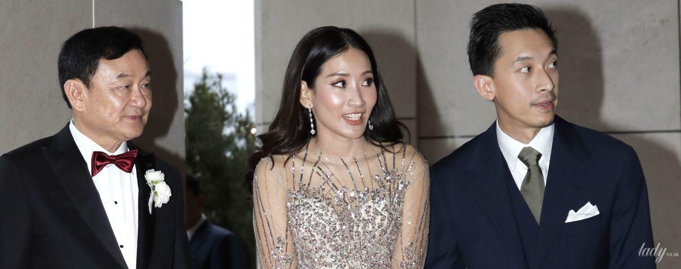Дочь экс-премьер-министра Таиланда в полупрозрачном платье продемонстрировала роскошный аутфит