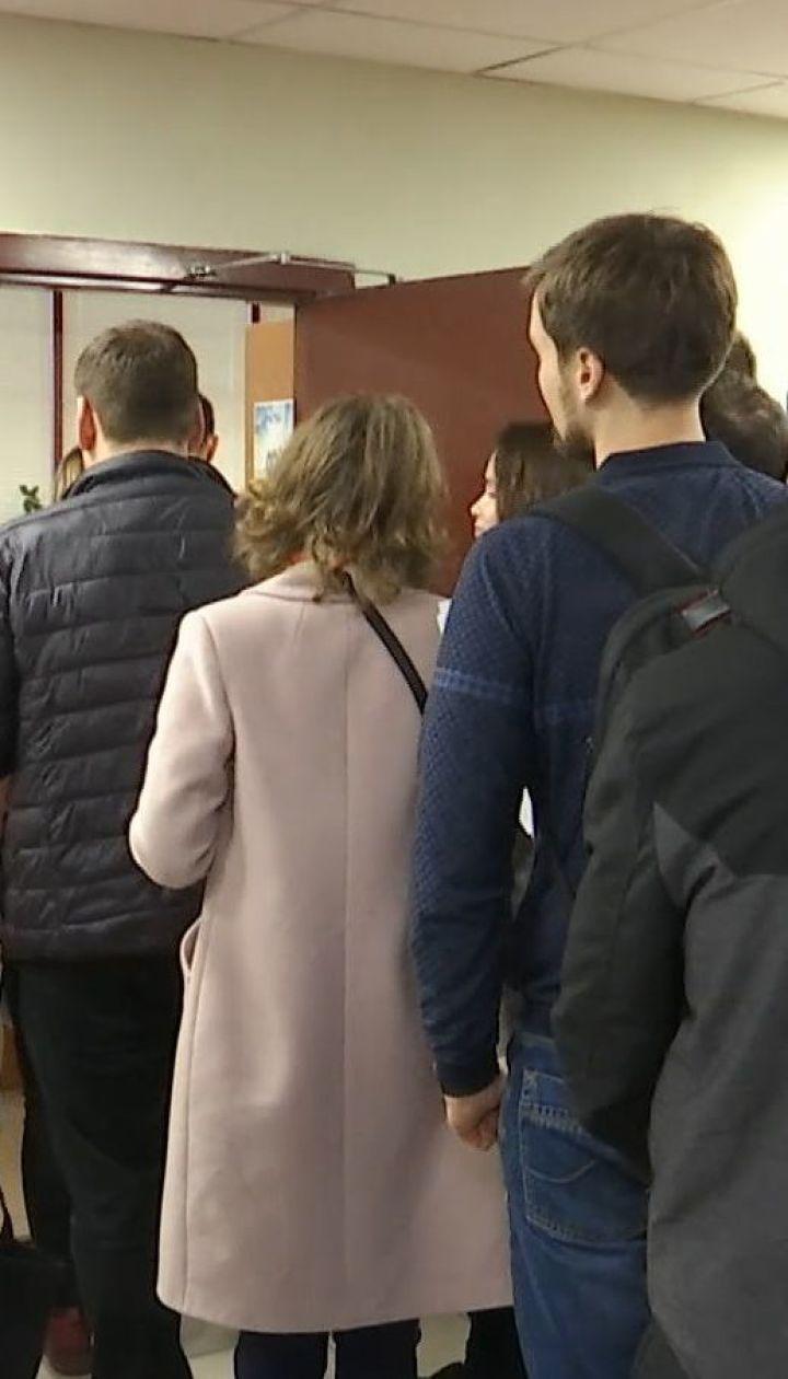 Право на голос: українці масово кинулися змінювати місце голосування на виборах