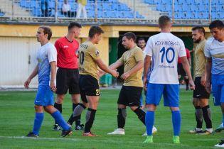 Матч футбольной Первой лиги отменили из-за документов