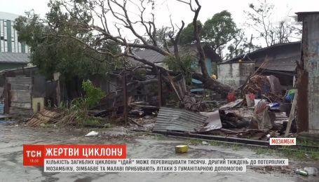 """Кількість жертв руйнівного циклону """"Ідай"""" стрімко зростає: їх може бути більше тисячі"""