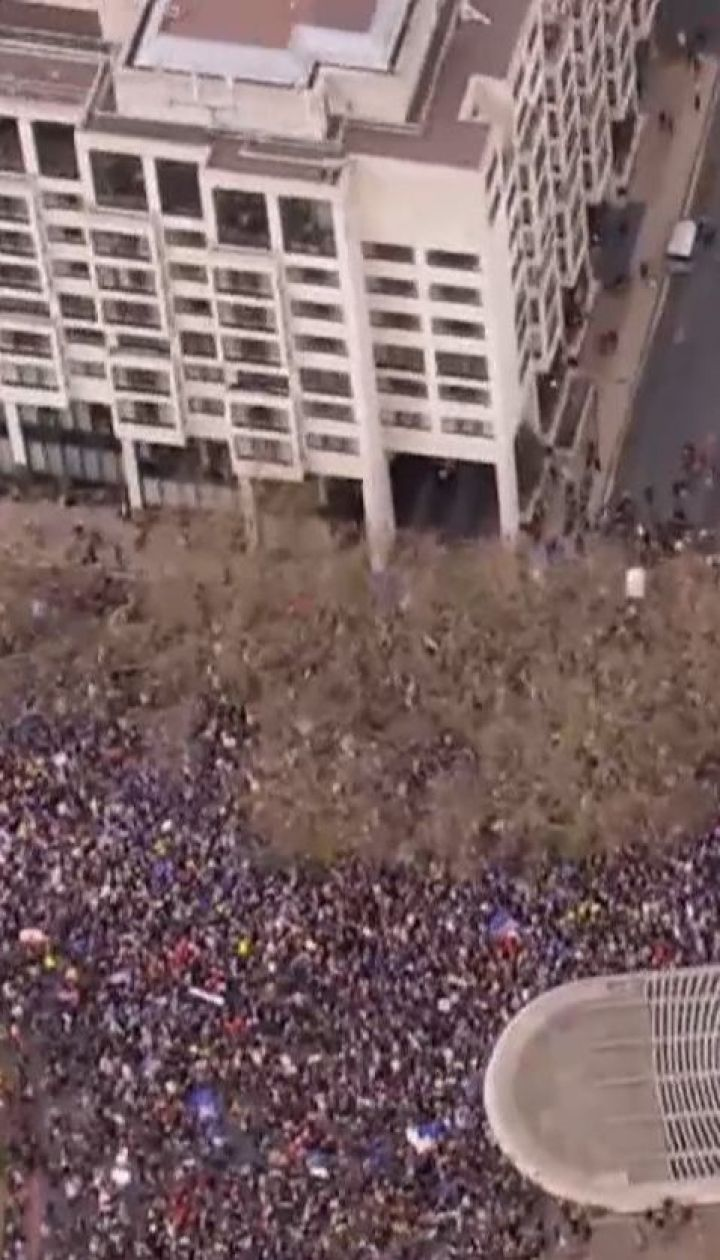 В Лондоне миллион протестующих требовали повторного референдума по Brexit