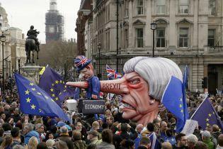 """У британському уряді назріває """"заколот"""" проти Мей – ЗМІ"""