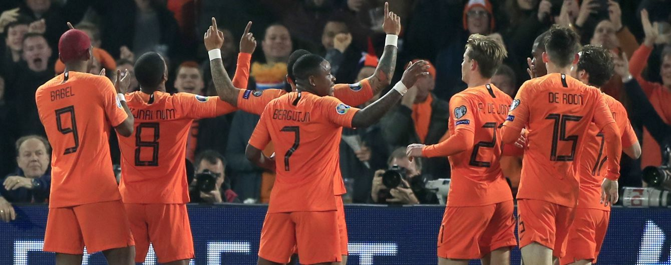 Букмекеры назвали фаворита в супербитве отбора к Евро-2020 между Нидерландами и Германией