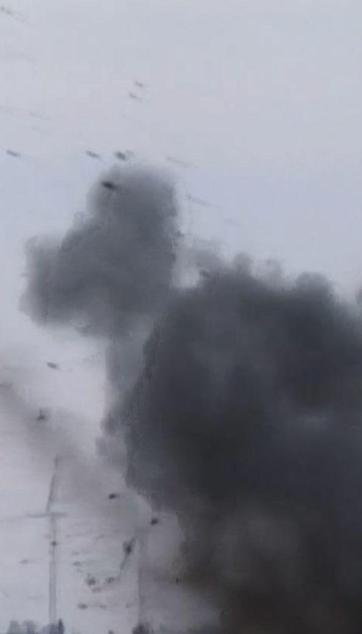 Двоє українських воїнів отримали поранення внаслідок ворожих обстрілів на Донбасі
