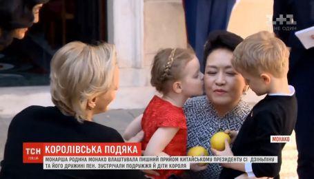 Монаршая семья Монако устроила теплый прием президентской чете из Китая