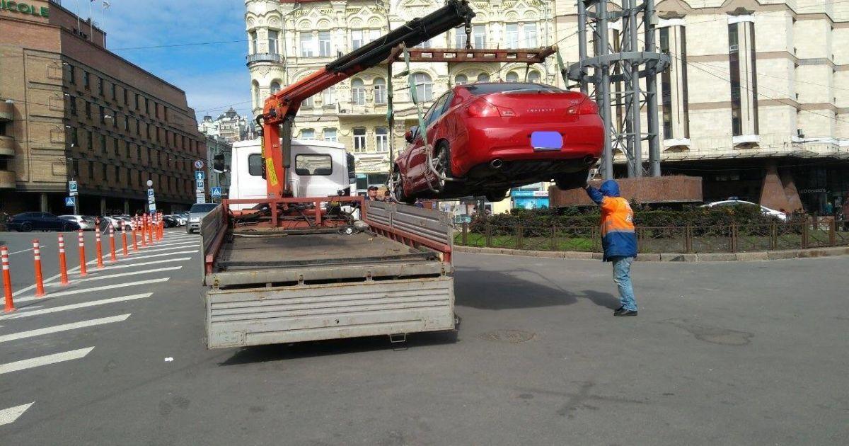 У Києві почали повноцінно працювати інспектори з паркування