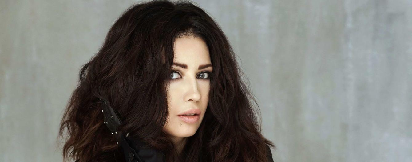 После почти годовой паузы певица LAMA выпустила новый драйвовый трек