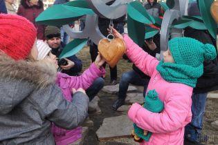 Побої і мордування. На няню приватного дитсадка у Вишгороді завели кримінальну справу