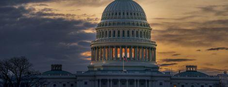 Шатдауны на 4 миллиарда. В США подсчитали потери из-за приостановки работы федеральных учреждений