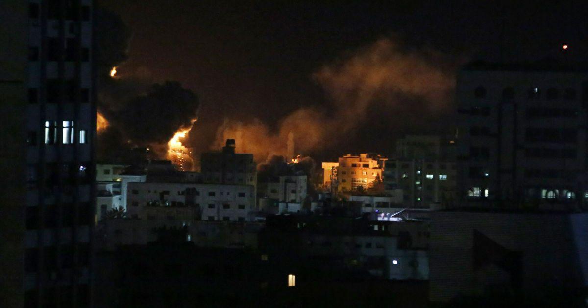 Израиль ударил по Сектору Газа @ Associated Press