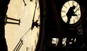 Зимнее время навсегда: почему в Украине хотят отменить сезонный перевод часов и когда