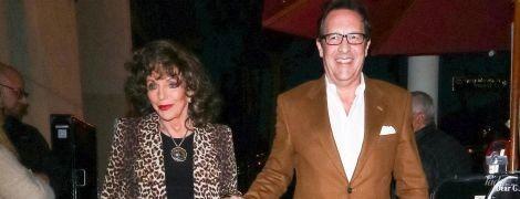 В леопардовому жакеті і з чоловіком за руку: 85-річна Джоан Коллінз в Лос-Анджелесі