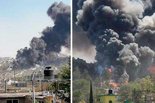 В столице Мексики взорвались склады с пиротехникой