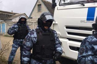 В анексованому Криму силовики РФ затримали правозахисницю
