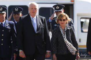 Стильна і в 81: королева Соня разом з чоловіком Гаральдом V прилетіла до Чилі
