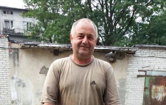Родина Ореста просить допомогти зібрати кошти на операцію