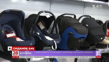 В Україні планують штрафувати за проїзд дитини без автокрісла