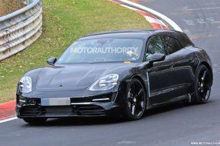 Шпионы засняли новый электрокроссовер Porsche на тестах