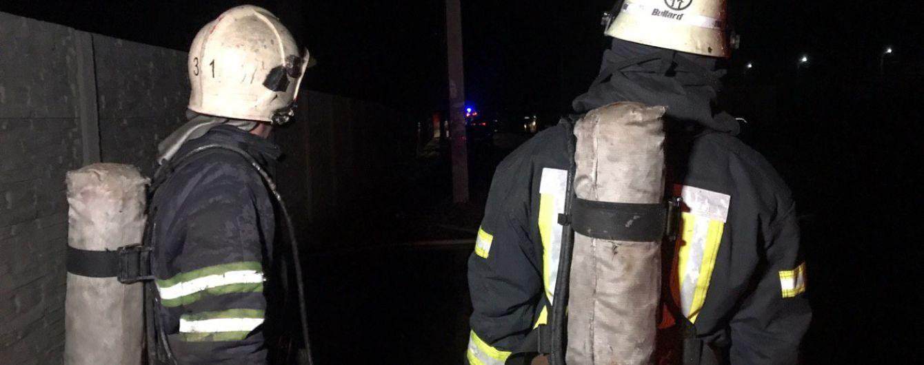 В спальном районе Киева произошел пожар в многоэтажке