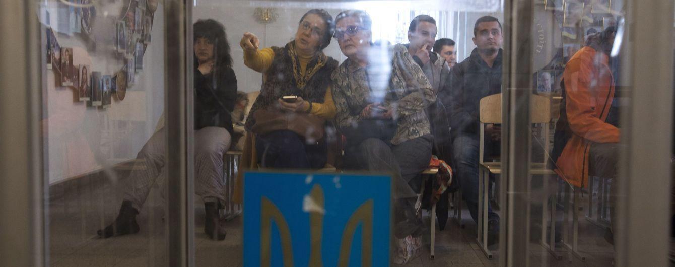 На Харківщині дві дільниці відкрилися із затримкою