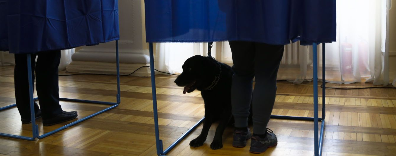 Вибори президента в Україні відбуваються вільно – міжнародні спостерігачі