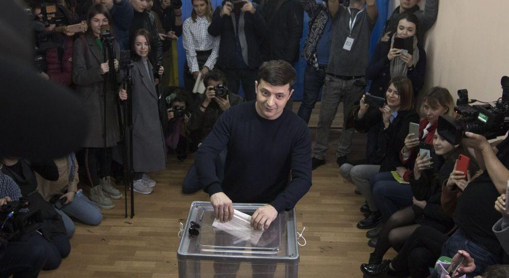 Выборы-2019: опубликованы результаты экзитполов, фото-1