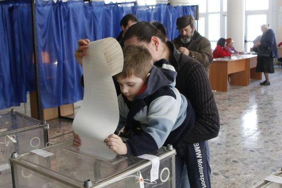 Понад 700 скарг про порушення виборчих прав надійшло до омбудсмена