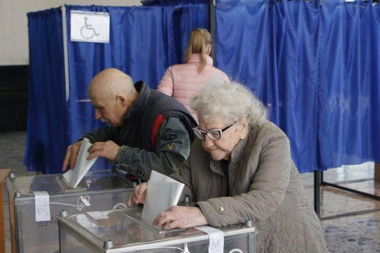 У ЦВК пояснили, як проголосувати на виборах після 20:00