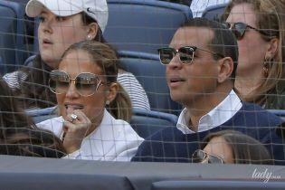 Как голубки: Дженнифер Лопес и Алекс Родригес сходили на бейсбольный матч