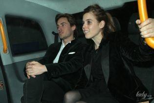 Больше не прячутся: принцесса Беатрис с бойфрендом-миллионером сходила в ночной клуб