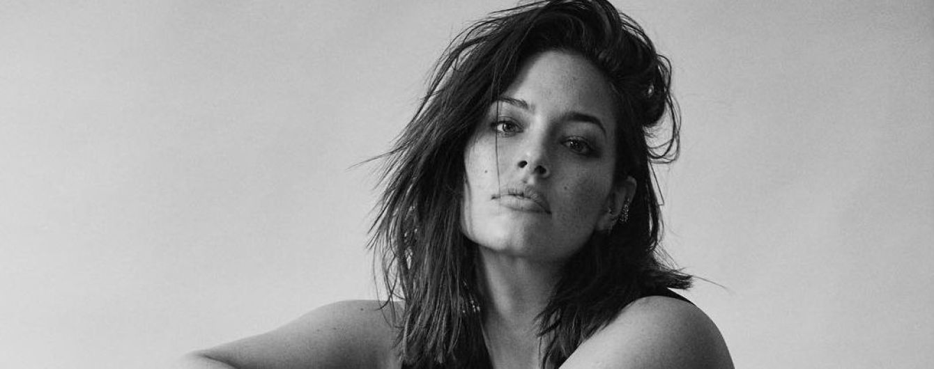 В боди и грубых ботинках: Эшли Грэм предстала в откровенной фотосессии