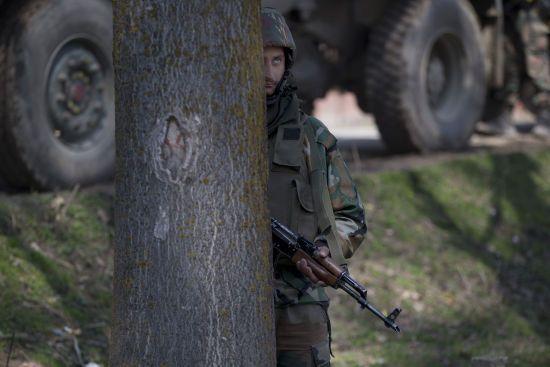 У Пакистані підірвали автомобіль з військовими, четверо загиблих