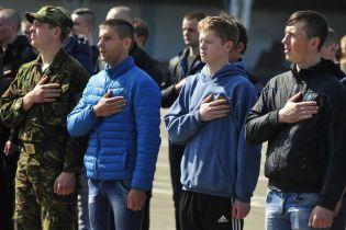 Тероборона Киева провела зрелищные учения возле столицы