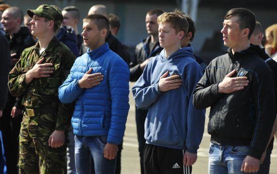 Тероборона Києва провела видовищні навчання біля столиці