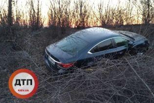 На Черкащині злочинець-невдаха потрапив на викраденій автівці в ДТП та загубив права, коли тікав